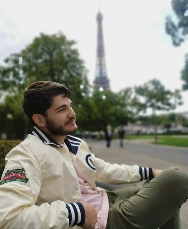 Student Isaac Bates in Paris. Image Credit: Isaac Bates