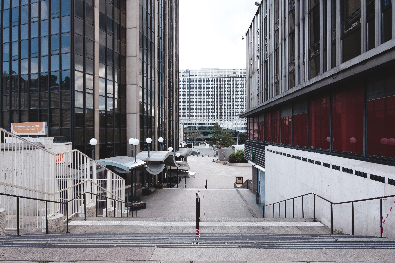 Montparnasse deserted due to confinement. Image Credit: Unsplash/Kevin Dellandrea