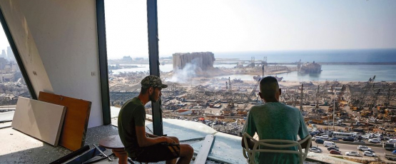 A city in ruins. Image credit:Patrick Baz / AFP