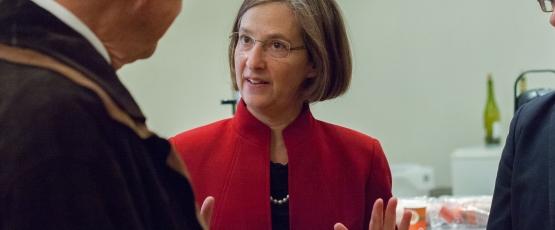 Susan Perry, American University of Paris