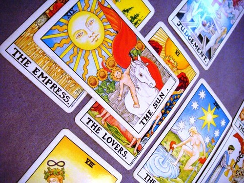 """""""Tarot spread 6"""" by aquarian_insight is licensed under CC BY-SA 2.0"""